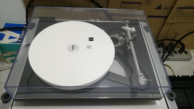 Rega RP 10 Turntable with Apheta 2 MC Cartridge & RP10 PSU 5