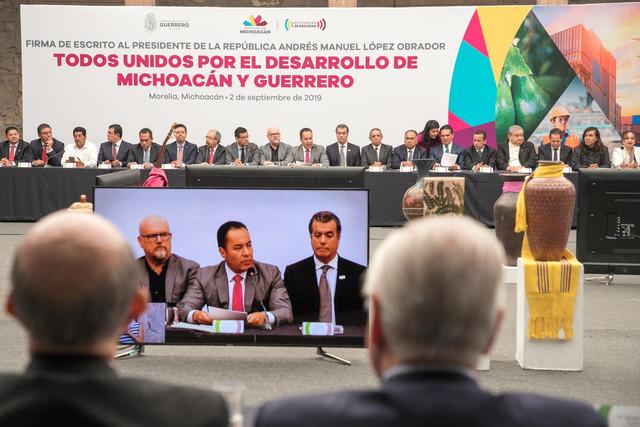 Firma-Michoaca-n-Guerrero-12