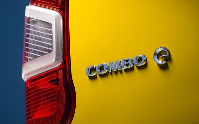 Electrique et pratique : le nouveau fourgon compact Opel Combo-e Cargo Cargo 08-Opel-Combo-e-Cargo-514056