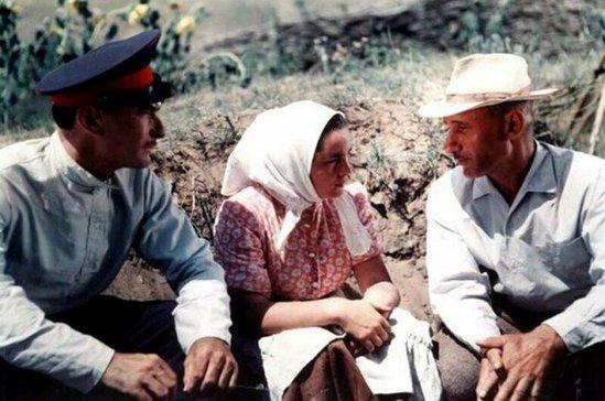 Все ли фильмы Вы узнаете по фото? Это старое доброе советское кино, такого 1589377957_zakulise-3