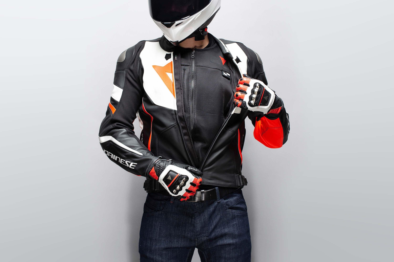 Dainese-Smart-Jacket-airbag-09