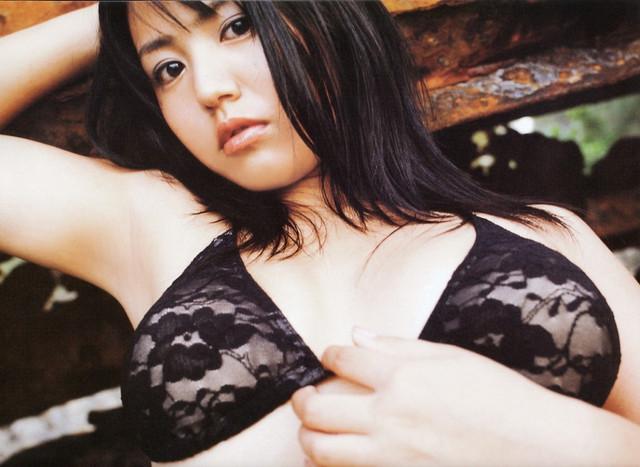 Isoyama-Sayaka-Isoyamania-059