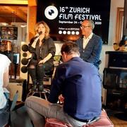 shania-zffmjf-pressconference091020-6