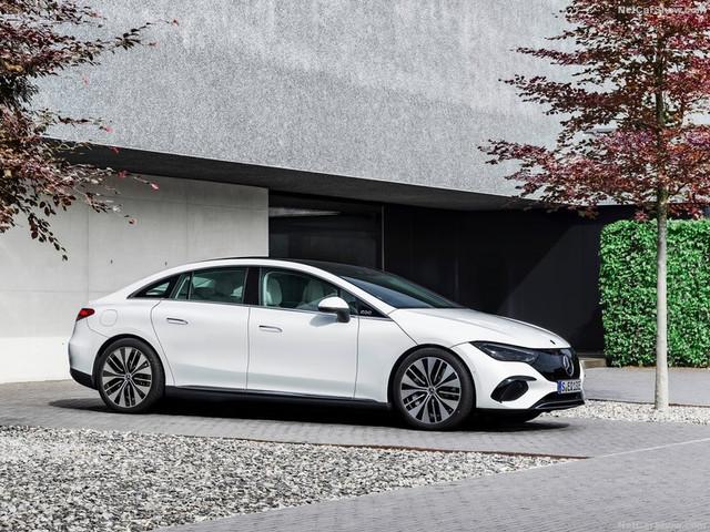 2021 - [Mercedes-Benz] EQE - Page 4 15-FF7-E15-FF13-4-F3-D-A8-B0-A6-DABA7-A89-AE