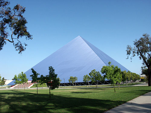 Walter-Pyramid-Long-Beach-State-Uni.jpg