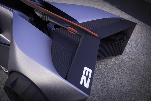 Nissan « GT-R(X) 2050 » : Le Projet D'un Stagiaire Devient Réalité Nis-GTR-2050-12-source