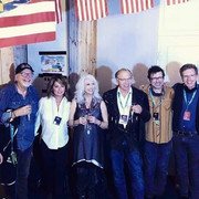 shania-emmylouharris-countrynightgstaad091121-2