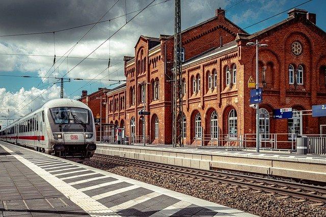 تأثر,النمسا,بثاني,إضراب,لسائقي,القطارات,في,ألمانيا