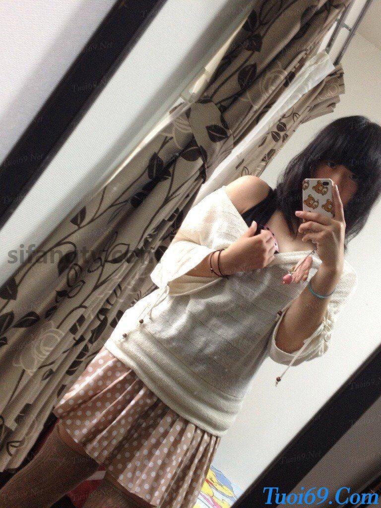 Wuhan-University-sister-Xiao-Weiwei-uniforms-seduced-81