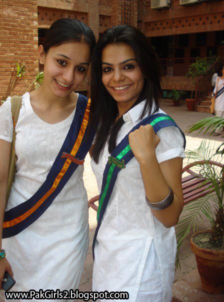 [Image: School-Girls-Photos-Hot-Pakistani-Colleg...ry-2-4.jpg]