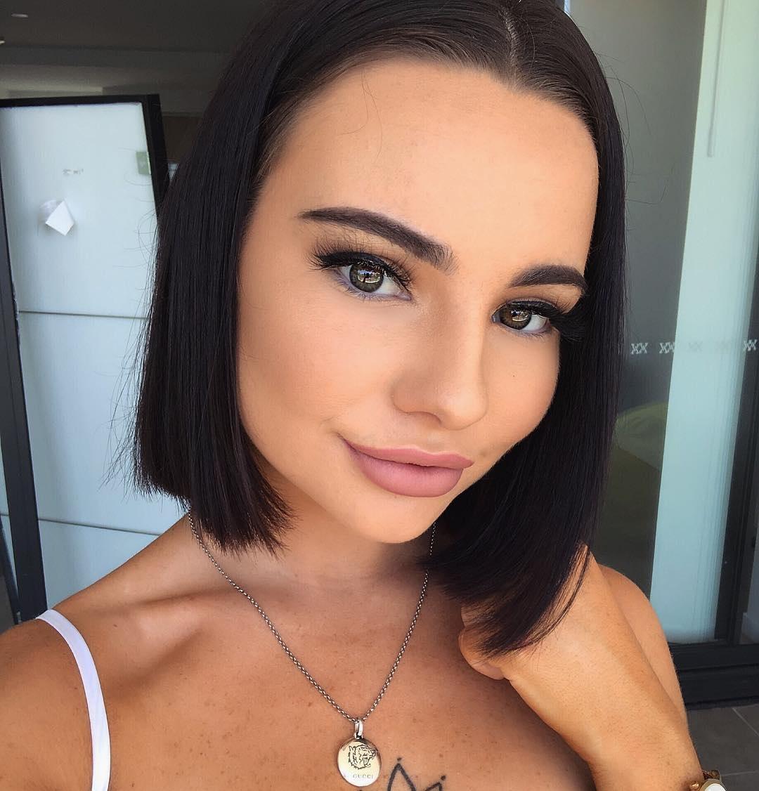 Cher-Quinn-Wallpapers-Insta-Fit-Bio-18