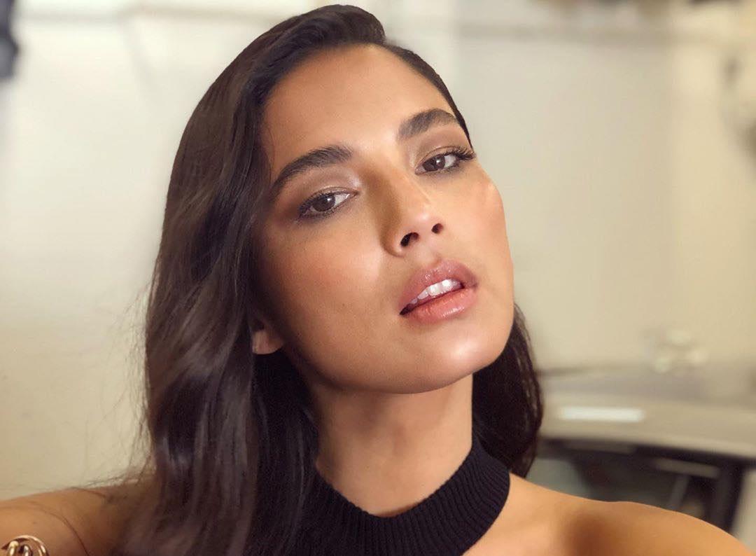 Jessica-Gomes-Wallpapers-Insta-Fit-Bio-10