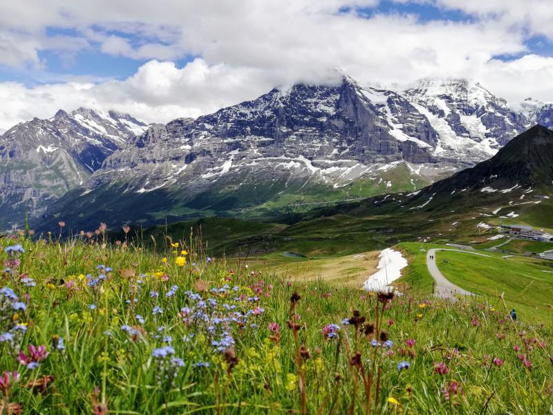 Eiger Nordwand going down