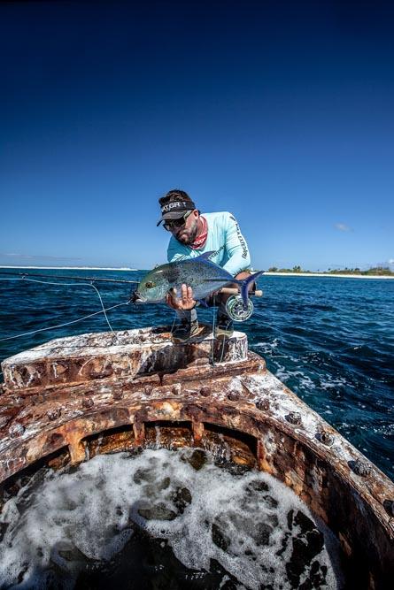 kanton-atoll-gt-giant-trevally-fly-fishing-kiribati-36