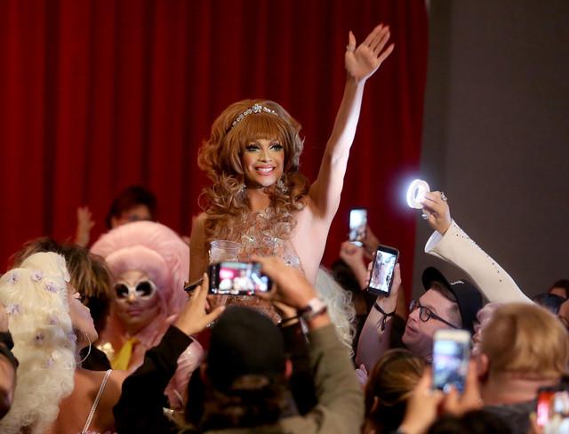 Valentina Drag Con.jpg