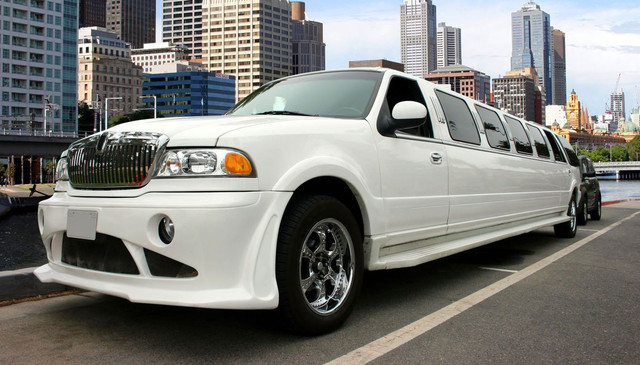 For details go to: https://www.cheaplimousineservice.ca/