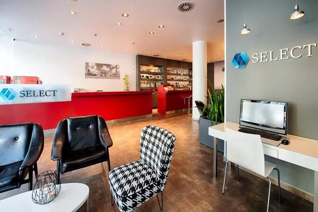 Recepción Select Hotel Berlín Gendarmenmarkt Medio Maratón Berlín Travelmarathon.es