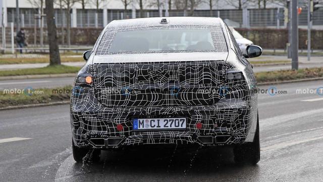 2022 - [BMW] série 7  - Page 5 38-A3-ECD9-9-CD2-4294-AB97-E90-F67-E5-E519