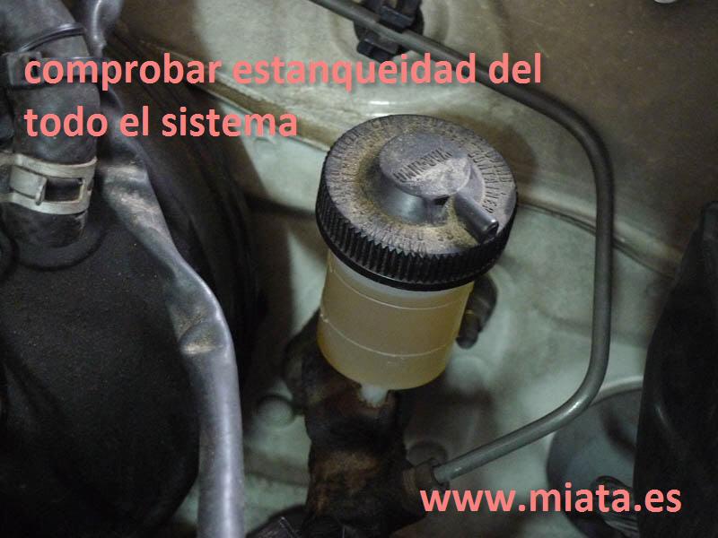 TUTORIAL DE COMO CAMBIAR EL EMPUJADOR HIDRAULICO DE LA LEVA DEL EMBRAGUE DEL MX-5/MIATA. 029