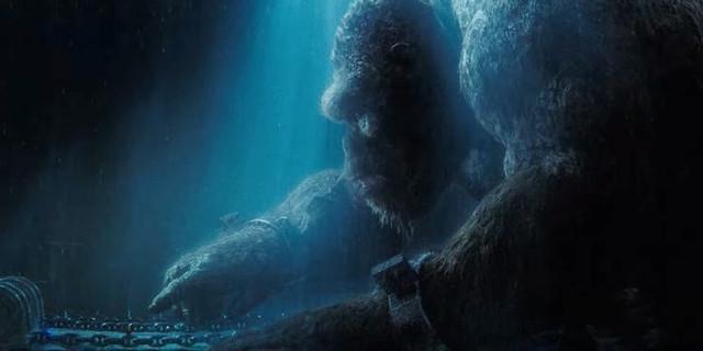 Godzilla-vs-Kong-Girl-Touch-Trailer
