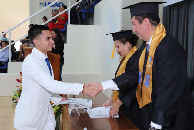 Graduacio-n-Medicina-130