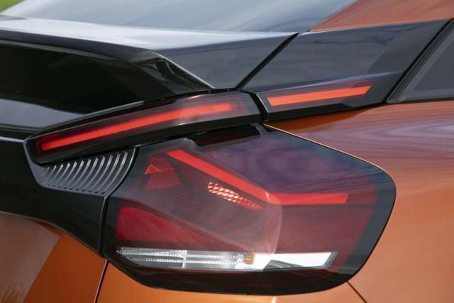 2020 - [Citroën] C4 III [C41] - Page 32 6726-BCEC-139-B-4773-83-FF-859-D1-CE1-F5-A1