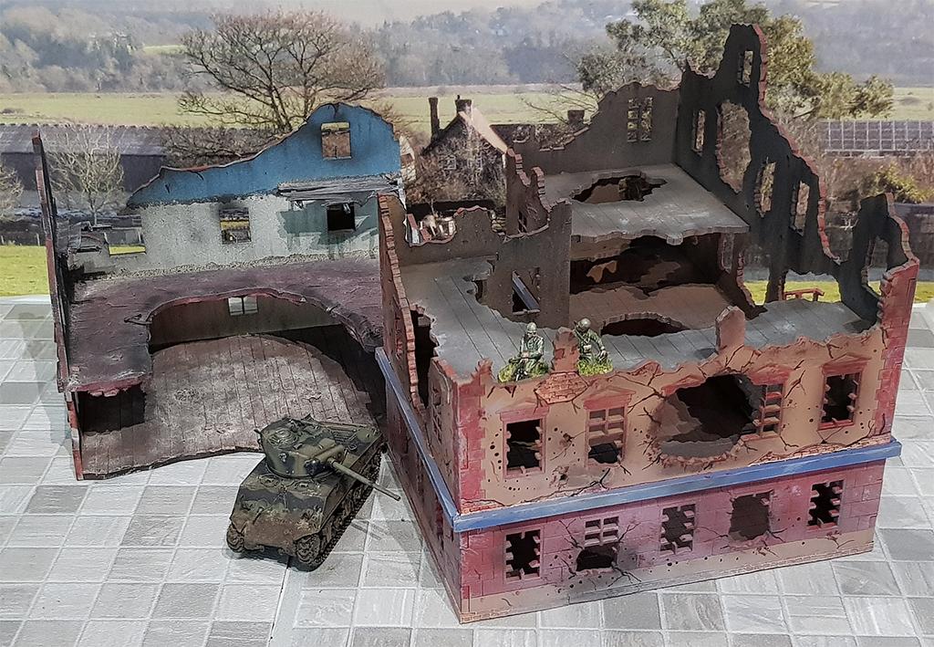 Zwei 20mm Ruinen von Terrains4Games Arminace-terrain4games-ruins-1