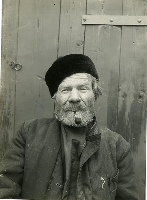 1910-8.jpg