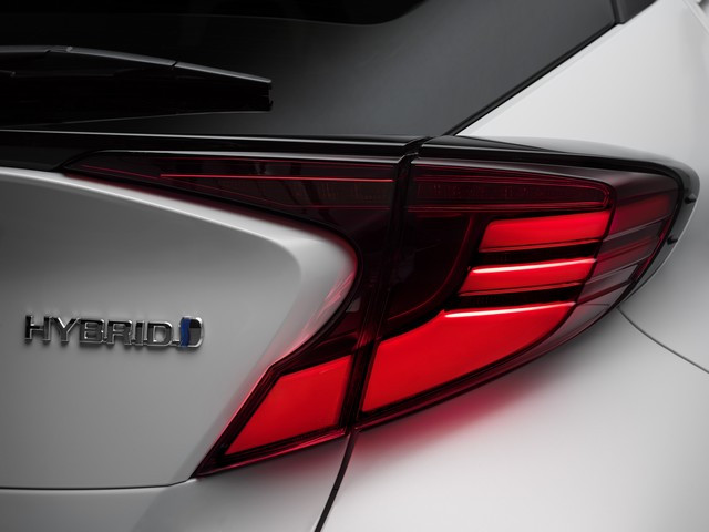 Toyota C-HR « GR SPORT » : encore plus dynamique et plus exclusif  Chrext5-2