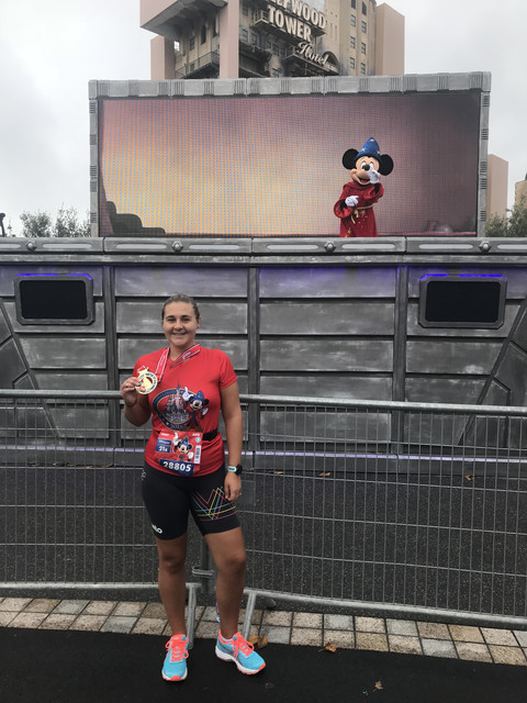 Run Disney 2018 Half Marathon Finish Mickey Mouse