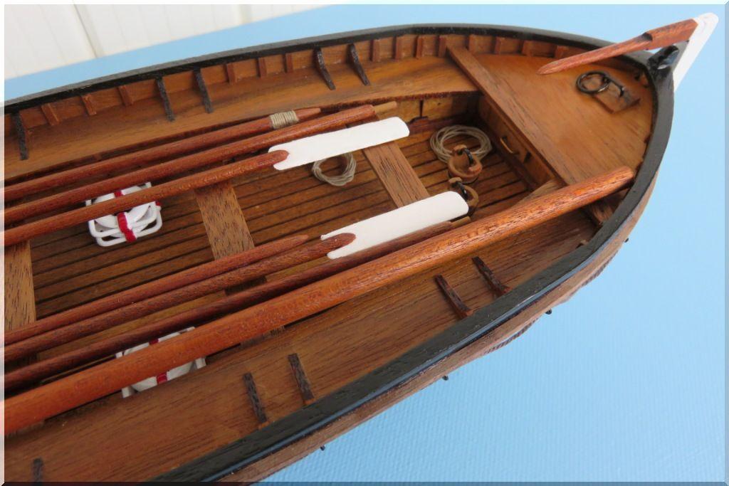 Canot de sauvetage du TITANIC Maquette Artesania Latina au 1/35eme  Canot-Titanic-07