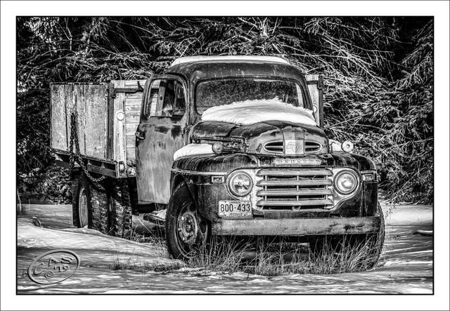 old-truck-BB-1200-CAS07334