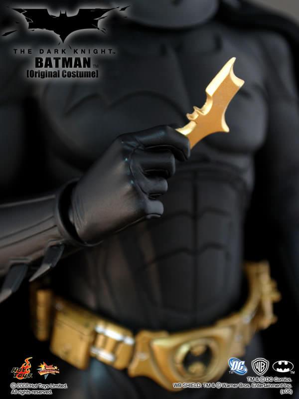 https://i.ibb.co/nsWXkn7/mms67-batman24.jpg