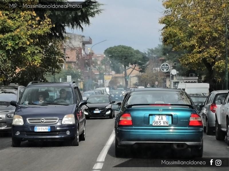 avvistamenti auto storiche - Pagina 2 Honda-Accord-Coup-ZA983-VN-2