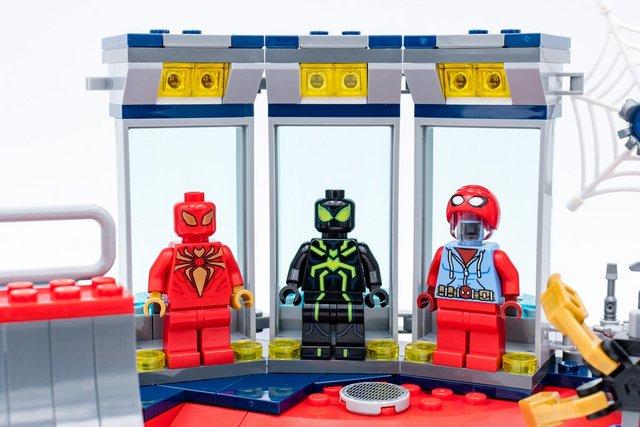 https://i.ibb.co/nsnJBKX/REVIEW-LEGO-Marvel-Spider-Man-76175-10.jpg