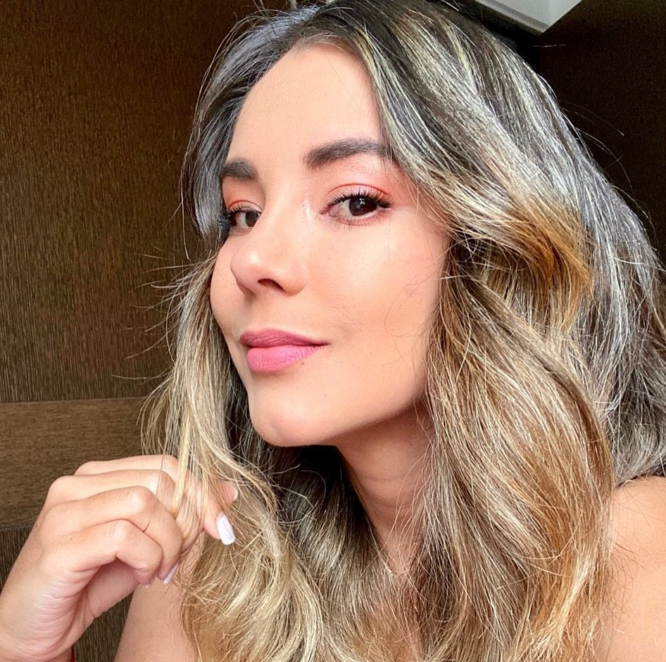 Jennifer-Penaranda-Wallpapers-Insta-Fit-Bio-3