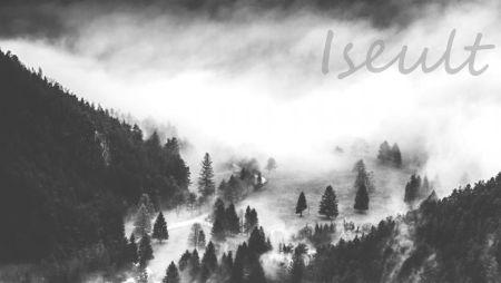 [Image: Iseult-sig.jpg]