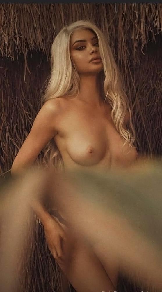 Kristen-Hancher-Nude-Naked-Topless-79