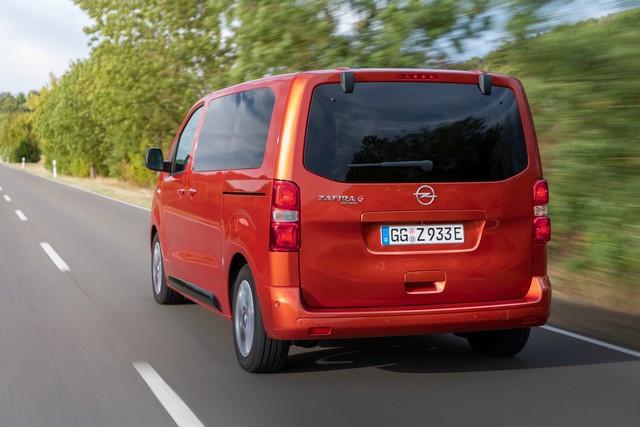 De l'électricité dans l'air : l'Opel Zafira-e Life tout électrique en vente à partir de 51 500 euros bonus environnemental déduit Opel-Zafira-e-512824