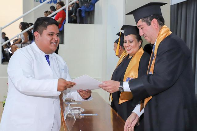 Graduacio-n-Medicina-61