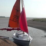 shallow-suffolk-sailing-Still034