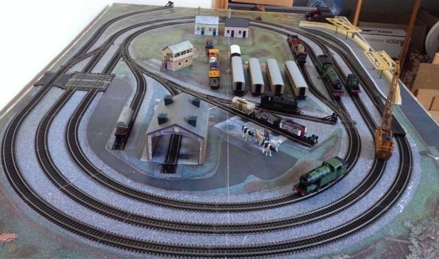 hornby-00-gauge-track.jpg