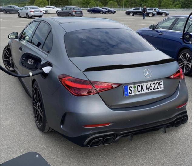 2021 - [Mercedes-Benz] Classe C [W206] - Page 17 CC5-F0-C5-C-2-A12-495-A-8-DAC-6-C0-B352547-D1