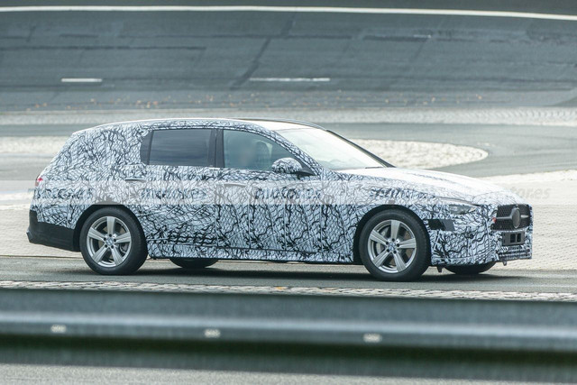 2020 - [Mercedes-Benz] Classe C [W206] - Page 8 E667-DF8-C-1-A23-4-E7-B-B211-3582-BB994-DD2