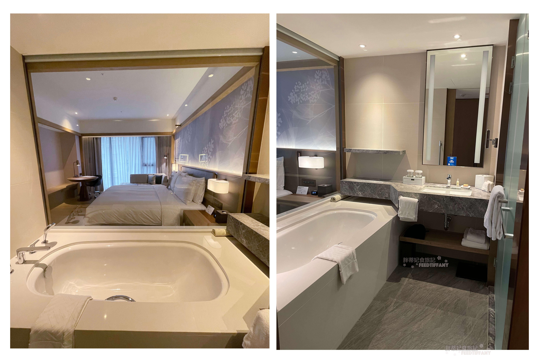 台北中山九昱希爾頓逸林酒店 的浴室有大浴缸,備品是選擇瑰柏翠的產品