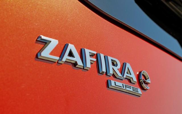 De l'électricité dans l'air : l'Opel Zafira-e Life tout électrique en vente à partir de 51 500 euros bonus environnemental déduit Opel-Zafira-e-512896
