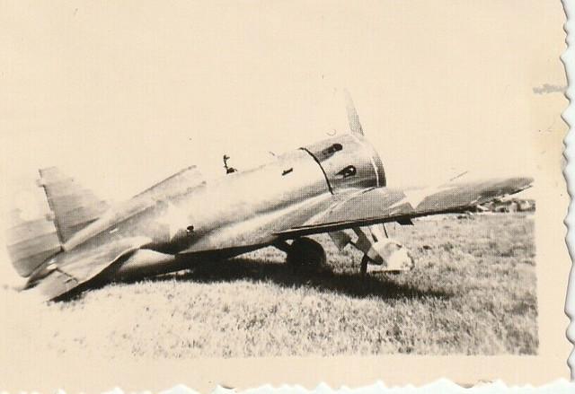2-WK-Panzer-UDSSR-Sowjetische-Flugzeug-CCCP