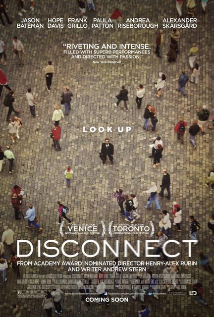 Смотреть Связи нет / Disconnect Онлайн бесплатно - История о группе людей, которые пытаются наладить взаимоотношения с окружающими в...
