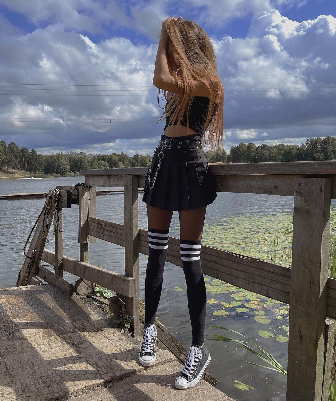 Ksenia-Angela-Wallpapers-Insta-Fit-Bio-9