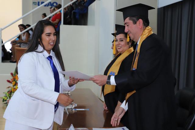 Graduacio-n-Medicina-75